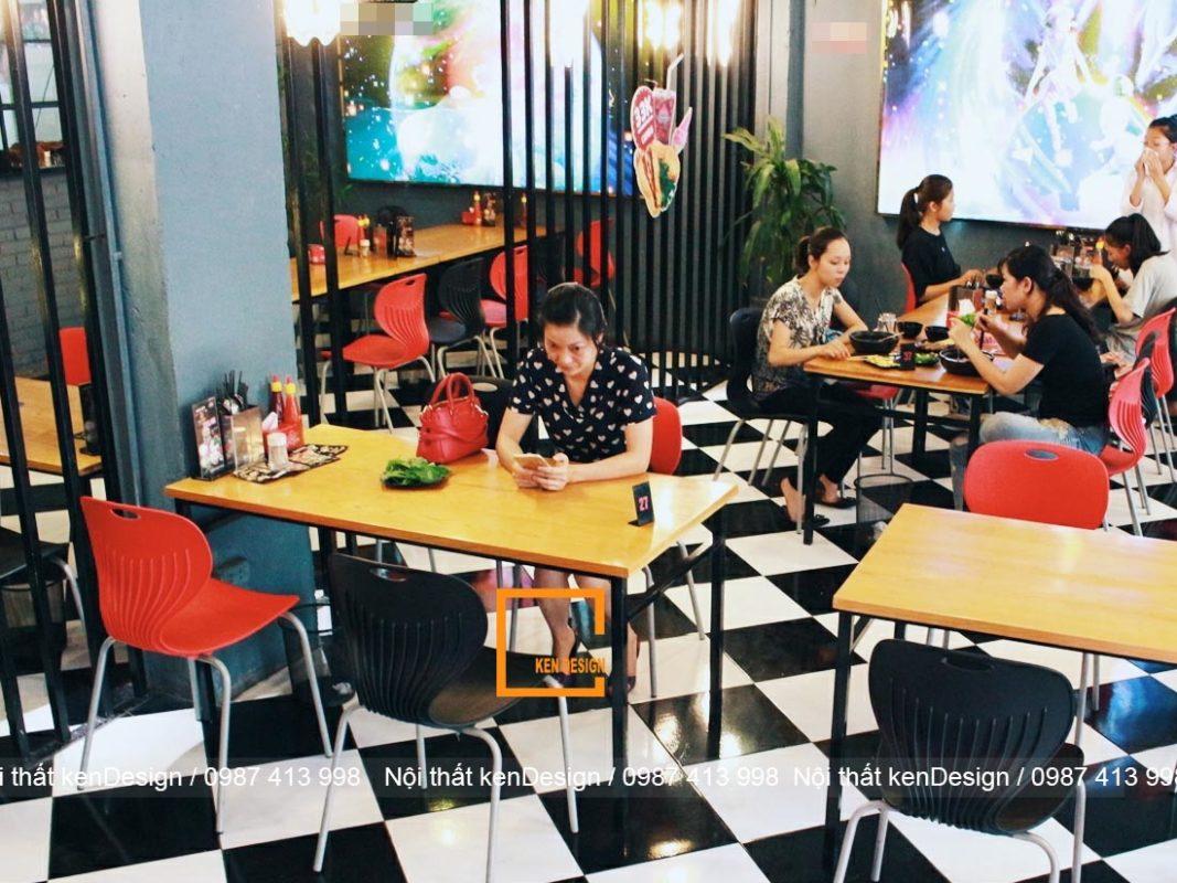 kinh nghiem thiet ke nha hang my cay thu hut khach hang 2 1067x800 - Kinh nghiệm thiết kế nhà hàng mỳ cay thu hút khách hàng
