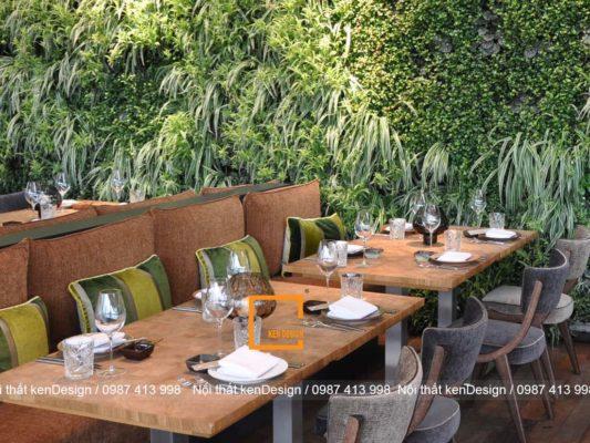 cach thiet ke nha hang phong cach hien dai voi go va cay xanh 1 533x400 - Thiết kế nhà hàng phong cách hiện đại với gỗ và cây xanh