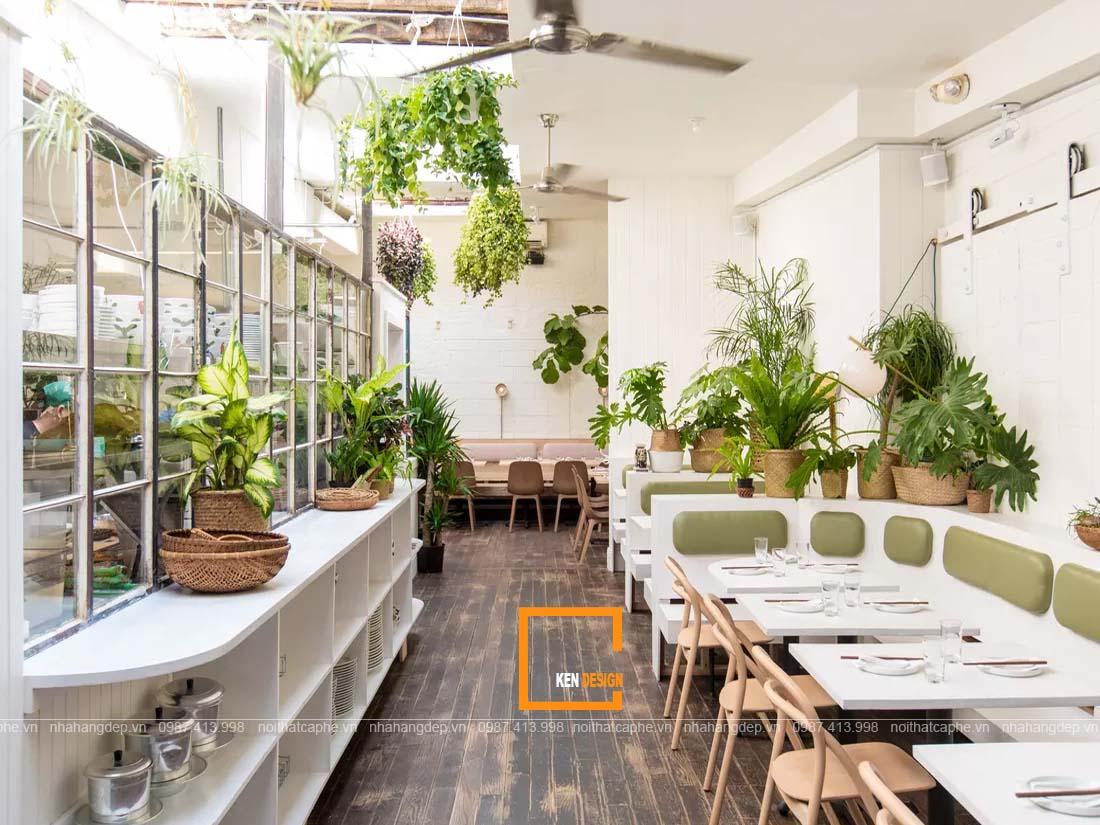 Decor nhà hàng là cây xanh