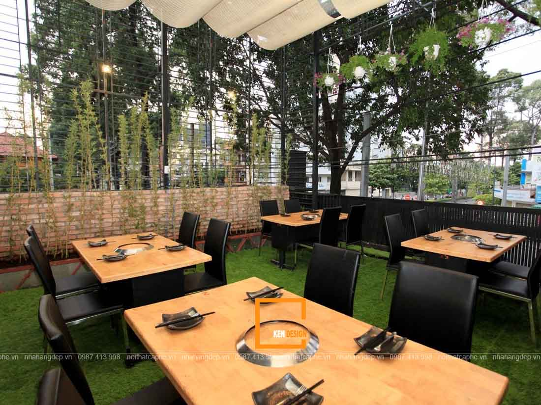 Thiết kế nhà hàng lẩu phong cách sân vườn