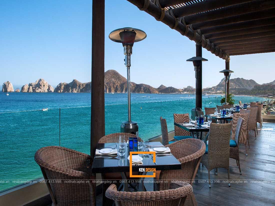 Thiết kế nhà hàng độc đáo hướng ra biển