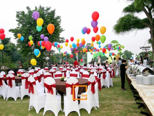 mo hinh kinh doanh nao phu hop voi thiet ke nha hang ngoai troi 3 533x400 - Mô hình kinh doanh nào phù hợp với thiết kế nhà hàng ngoài trời?