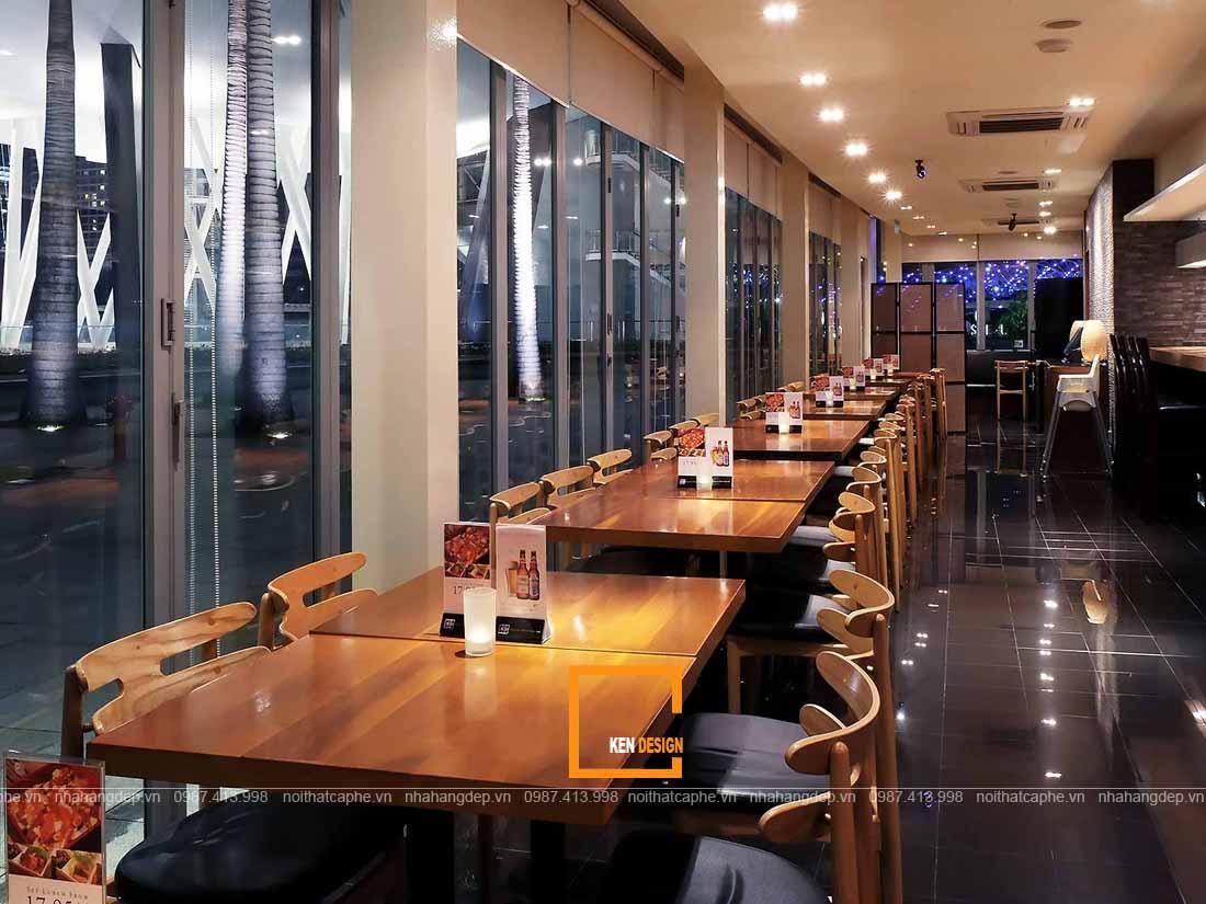 Thiết kế nhà hàng Nhật Bản mở kết nối ánh sáng trong và ngoài