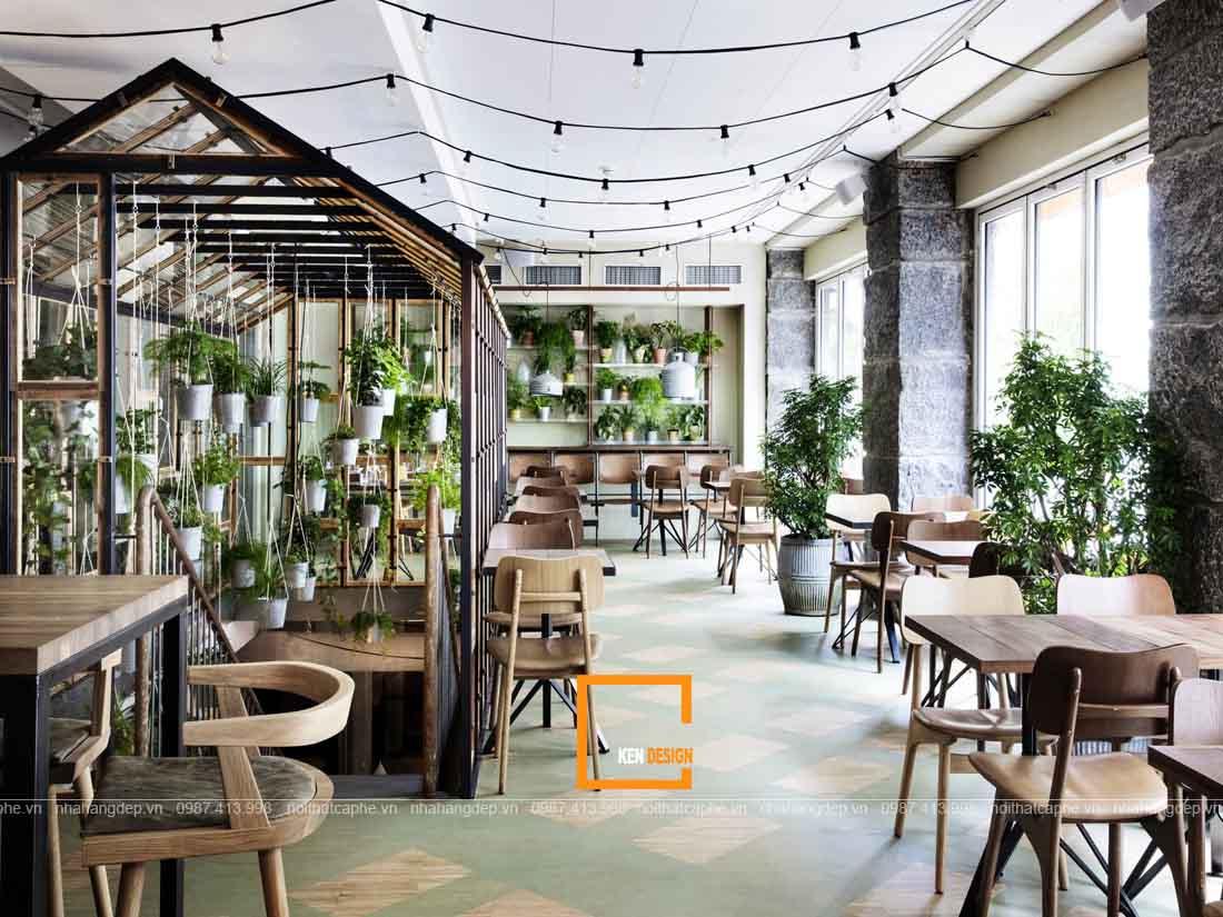 Sử dụng cây xanh tạo thiết kế nhà hàng ấn tượng